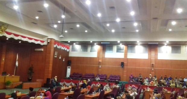 Pemkot Depok Usul Tiga Raperda ke DPRD, Ini Pandangan Fraksi PKS dan Gerindra