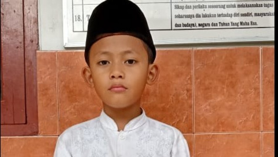 Muhammad Ahsan Bukhori asal Kudus, Jawa Tengah berhasil menghafal 30 juz Alquran.