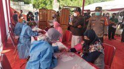 Polsek Sawangan gelar vaksinasi diikuti ratusan warga